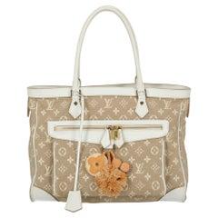 Louis Vuitton Woman Shoulder bag Beige Fabric