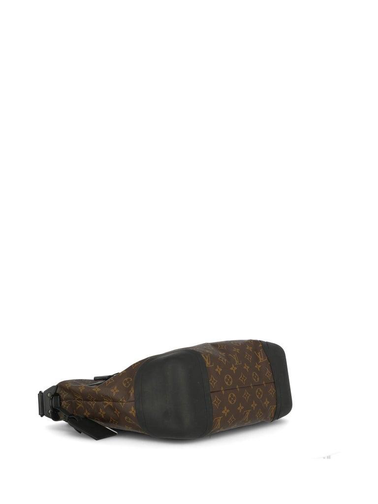 Louis Vuitton Woman Shoulder bag  Black Synthetic Fibers For Sale 1