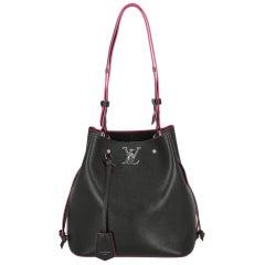 Louis Vuitton Women  Shoulder bags Black Leather