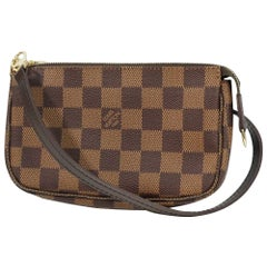 LOUIS VUITTON Womens pouch