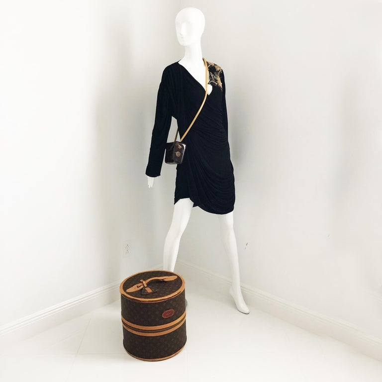Louis Vuitton x French Company Monogram Wig Case Round Hat Trunk Travel Bag 70s For Sale 2