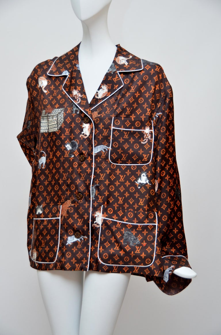 LOUIS VUITTON X  Grace Coddington  Catogram  Silk Shirt   Size 40 New In New Condition For Sale In New York, NY