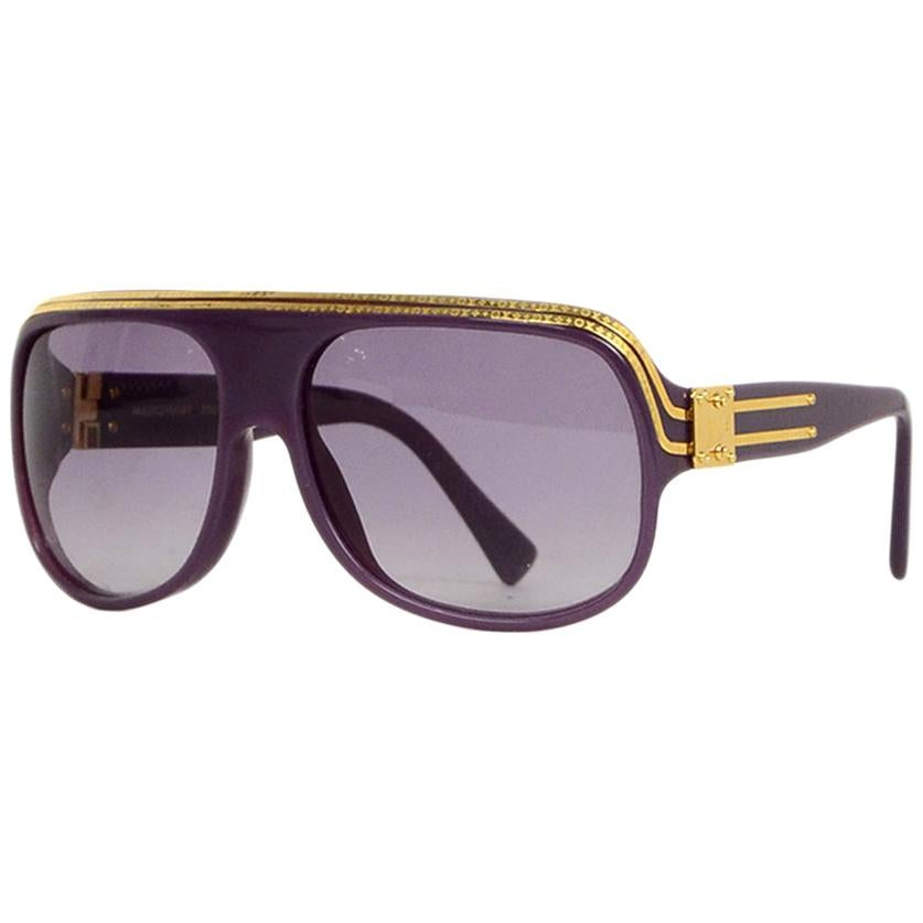 7e3ab62117244 Louis Vuitton Sunglasses Gray Aviators For Sale at 1stdibs