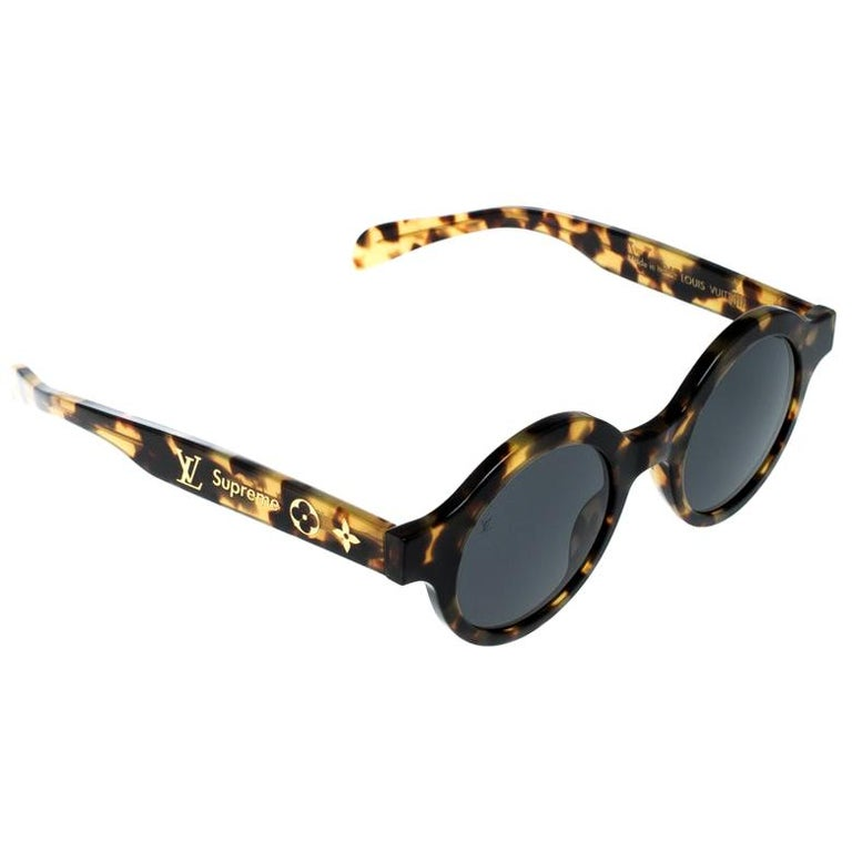 Louis Vuitton x Supreme Brown / Black Z0990W Downtown Round Sunglasses For Sale