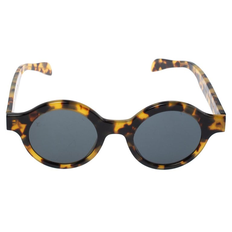 Louis Vuitton's collaboration with NYC streetwear brand, Supreme, was such a fresh merge that to this day, the designs from that line are sought-after. This gorgeous pair of sunglasses from the collaboration has a Havana-brown round frame with LV