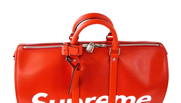 Louis Vuitton X Supreme Red Epi Keepall Bandouliere Duffle Bag 45 For Sale 3