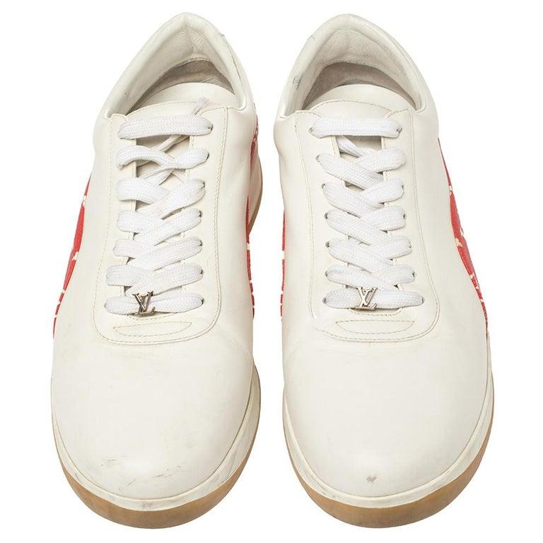 Louis Vuitton x Supreme White Leather and Monogram Canvas Trim Sport Sneakers Si In Good Condition For Sale In Dubai, Al Qouz 2