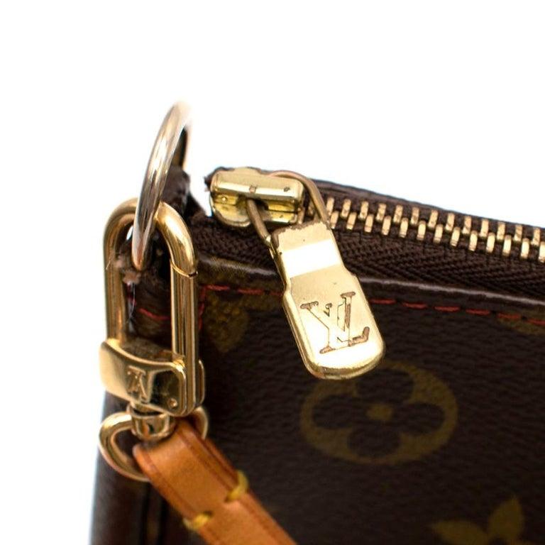 Louis Vuitton x Takashi Murakami Cherry Pochette Accessoires 12cm In Excellent Condition For Sale In London, GB