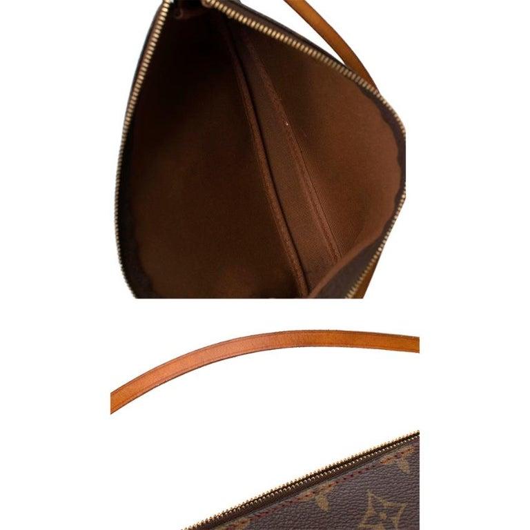 Louis Vuitton x Takashi Murakami Cherry Pochette Accessoires 12cm For Sale 3