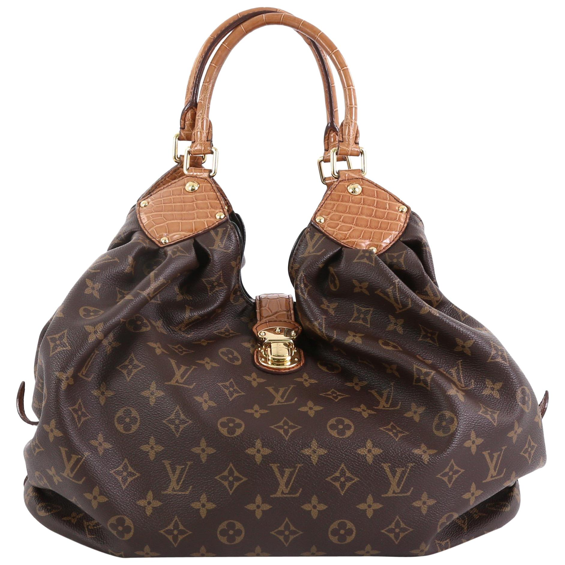 78a56c0f60b9 Louis Vuitton Hobo Bags - 159 For Sale on 1stdibs