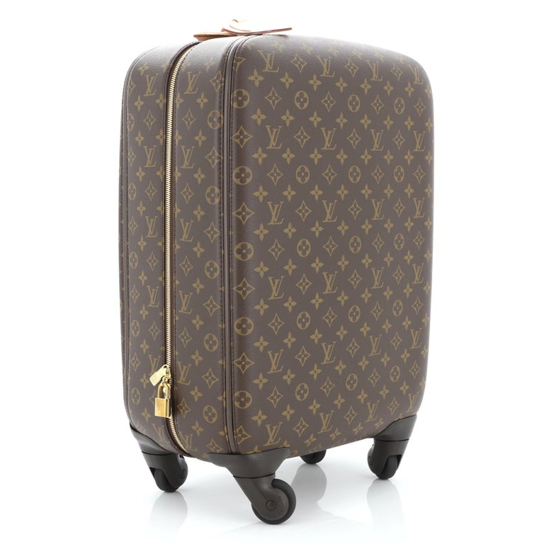 Louis Vuitton Zephyr Luggage Monogram Canvas 55  In Good Condition For Sale In New York, NY