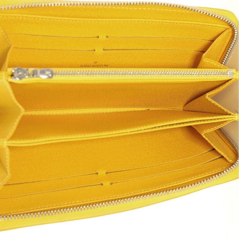b8e9dc159633 Louis Vuitton Zippy Wallet Epi Leather at 1stdibs