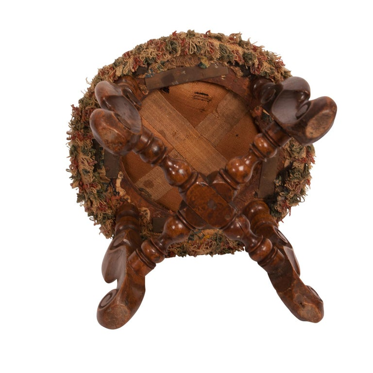 Walnut Louis XIII Foot Stool, France, circa 1620 For Sale