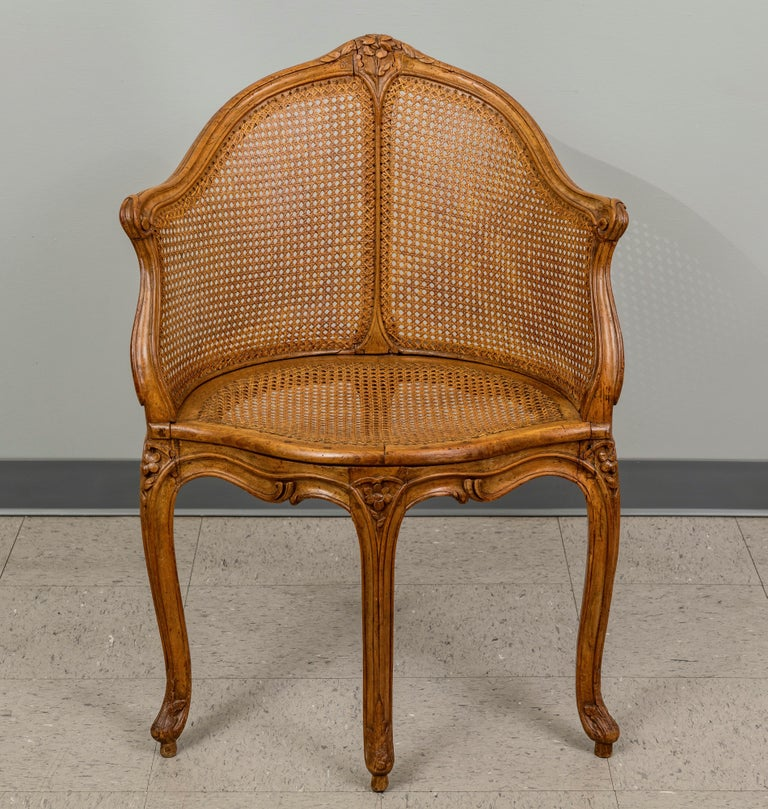 Louis XV Beechwood and Cane Fauteuil de Bureau In Good Condition For Sale In San Francisco, CA