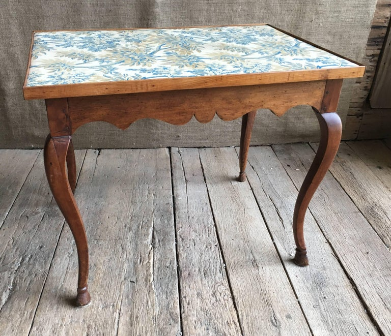 Louis XV Card Table, circa 1770 In Good Condition For Sale In Doylestown, PA