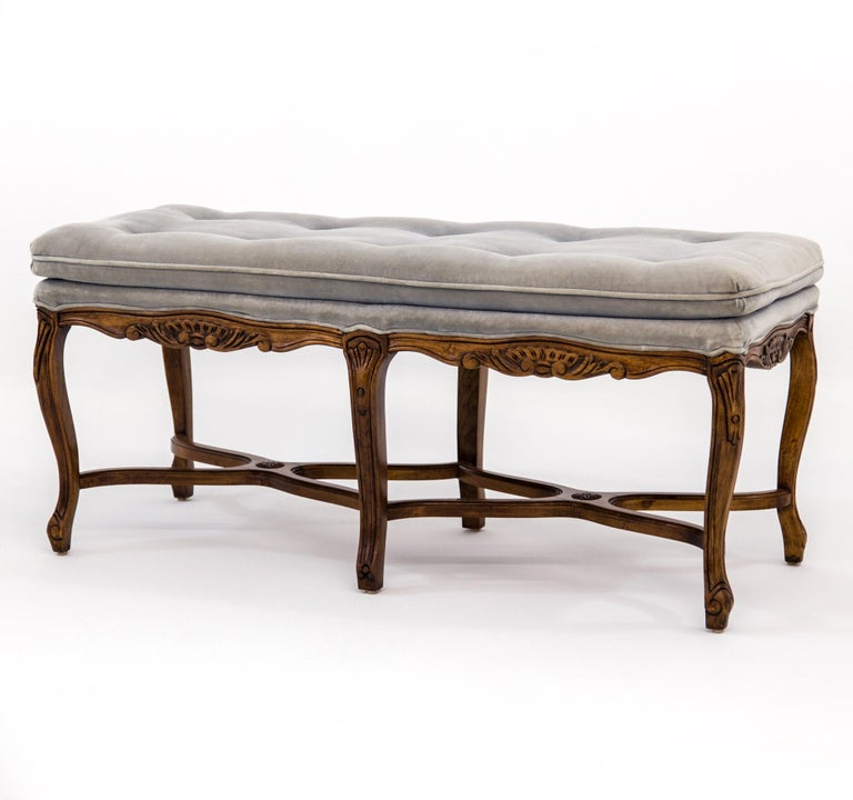 Louis XV Carved Walnut Bench with Gray Tufted Velvet Upholstery by Bernhardt For Sale 5