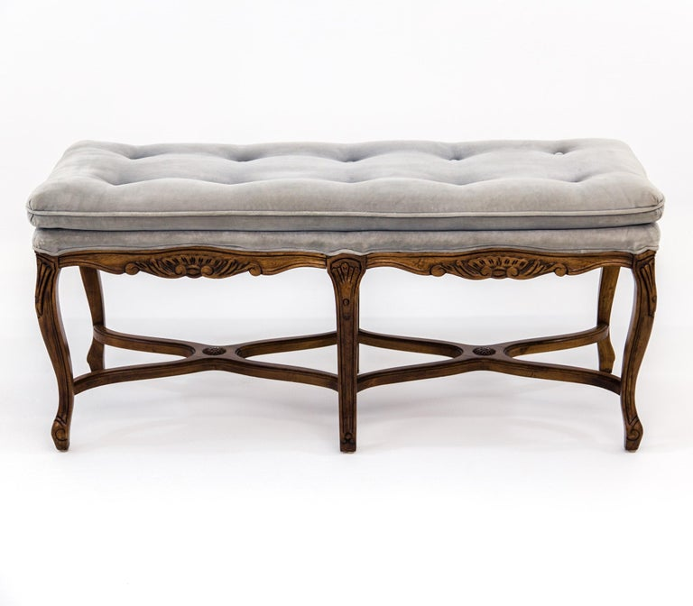 North American Louis XV Carved Walnut Bench with Gray Tufted Velvet Upholstery by Bernhardt For Sale