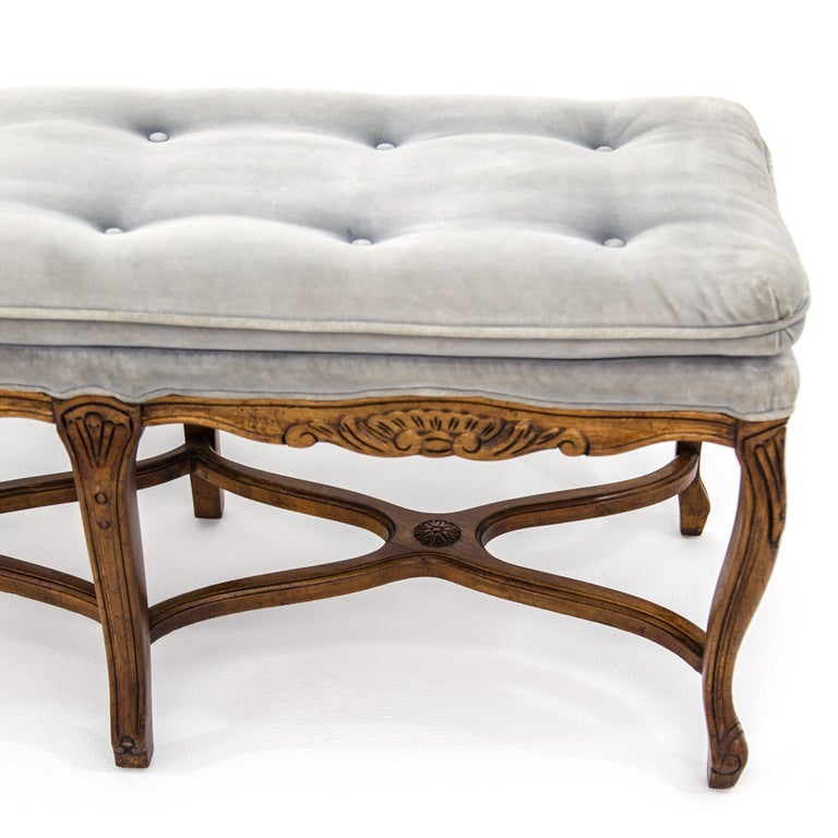 20th Century Louis XV Carved Walnut Bench with Gray Tufted Velvet Upholstery by Bernhardt For Sale