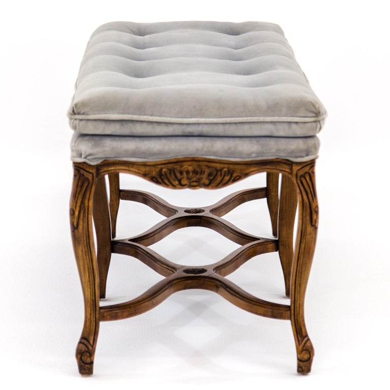 Louis XV Carved Walnut Bench with Gray Tufted Velvet Upholstery by Bernhardt For Sale 1