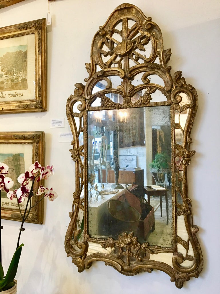 French Louis XV Giltwood Mirror For Sale