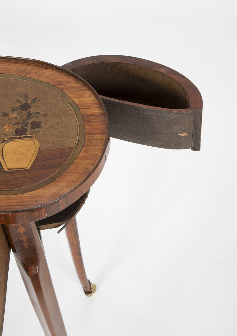 Louis XV Kidney Form Marquetry Table After Charles Topino For Sale 4