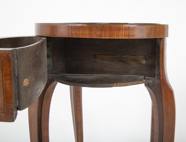 Louis XV Kidney Form Marquetry Table After Charles Topino For Sale 10
