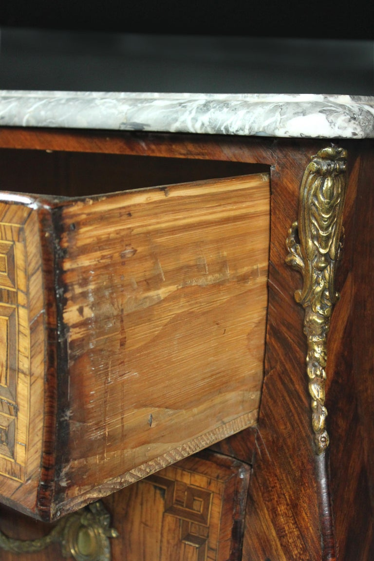 Louis XV Kingwood Commode For Sale 2