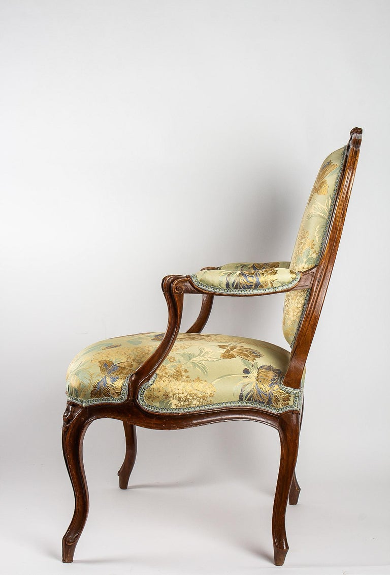 Louis XV Period Set of 4 of Large Armchairs, circa 1766-1770 by Louis Delanois For Sale 4
