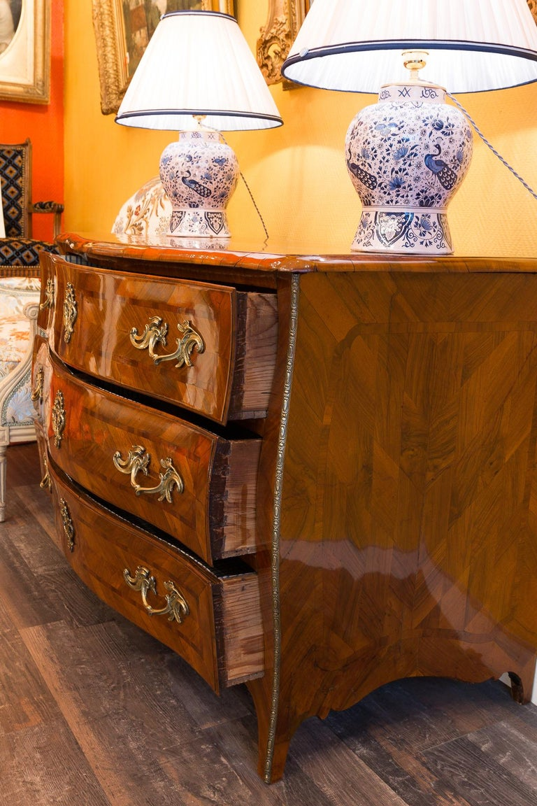 Louis XV Period Walnut and Marquetry Serpentine Commode, circa 1750 For Sale 8