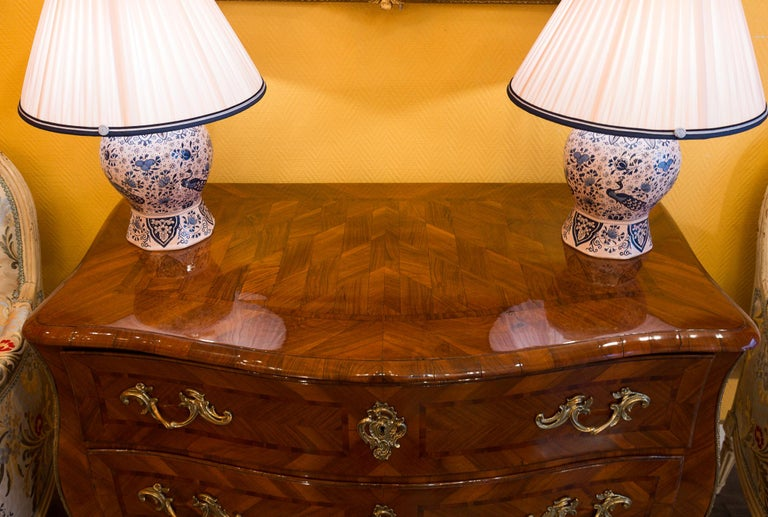 Louis XV Period Walnut and Marquetry Serpentine Commode, circa 1750 For Sale 3