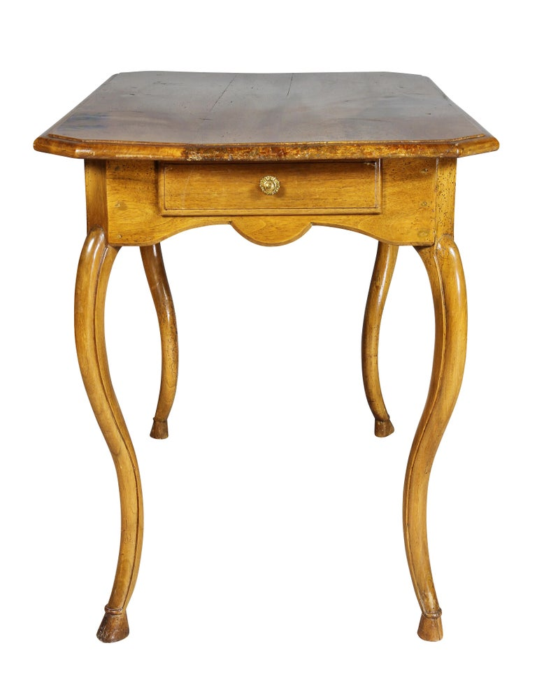 Louis XV Provincial Walnut Table For Sale 2