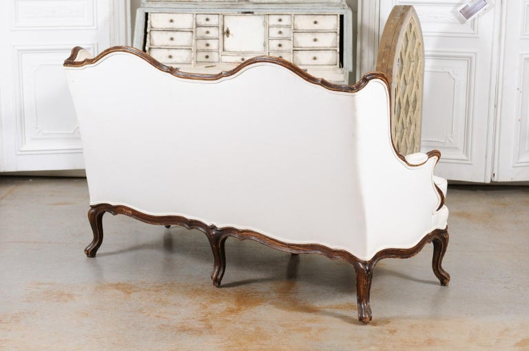 Louis XV Style 19th Century French Walnut Wingback Canapé with Cabriole Legs For Sale 8