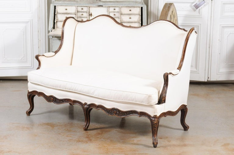Louis XV Style 19th Century French Walnut Wingback Canapé with Cabriole Legs For Sale 14