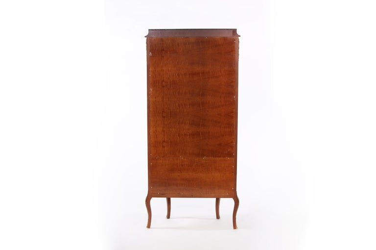 Louis XV Style Bronze Mounted Display Cabinet For Sale 3