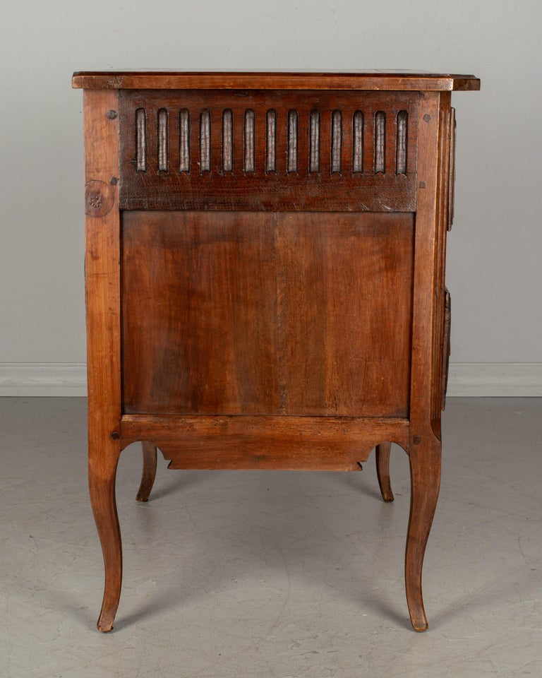 20th Century Louis XV Style Country French Commode For Sale