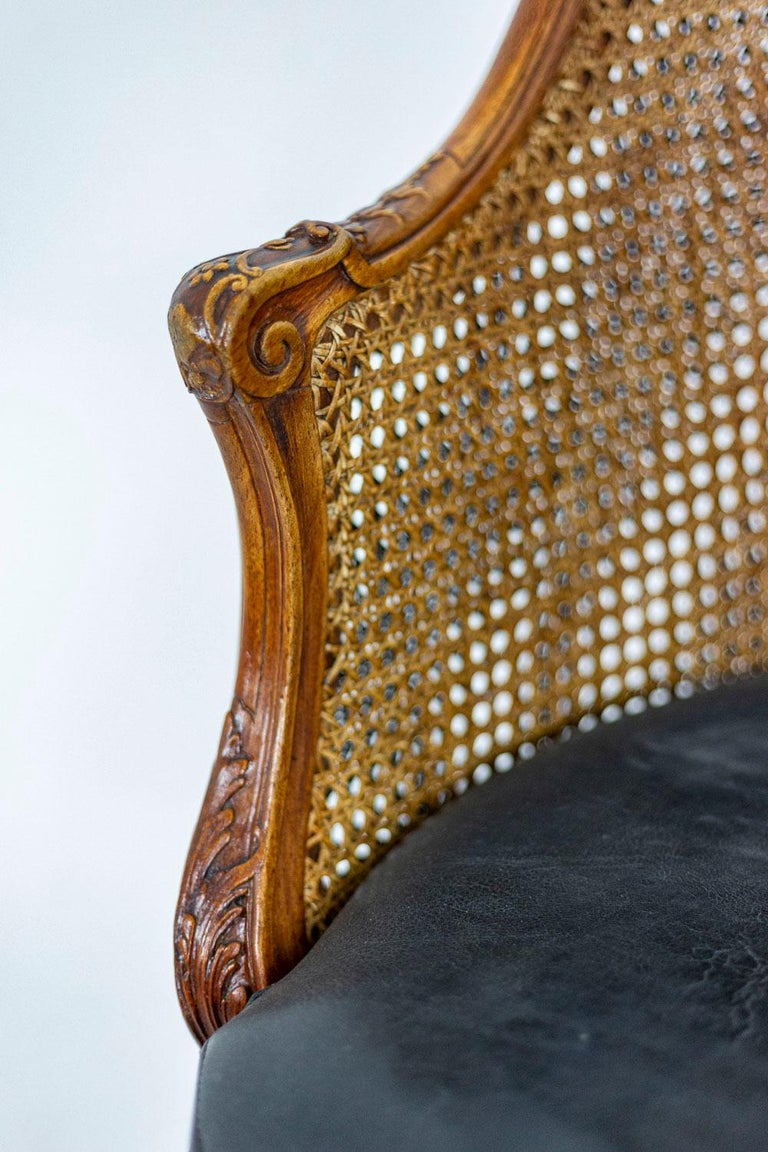 European Louis XV Style Desk Chair in Beech, circa 1900s For Sale