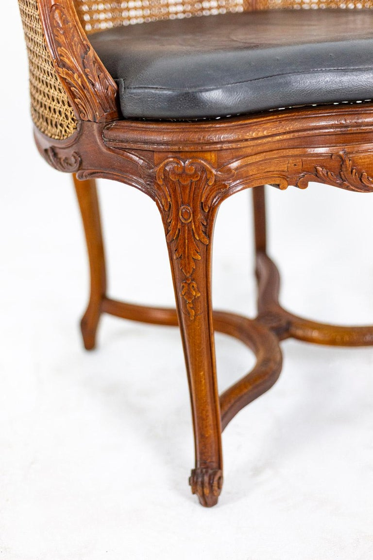 Louis XV Style Desk Chair in Beech, circa 1900s For Sale 1