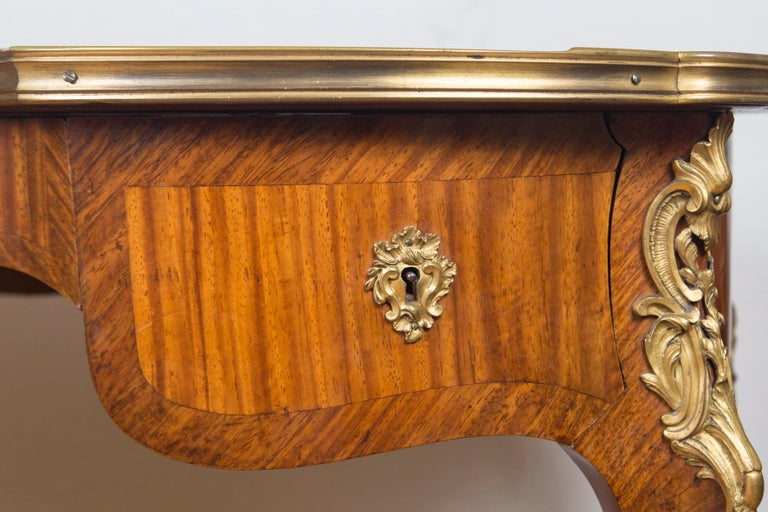 Louis XV Style Gilt Bronze-Mounted Bois-Satiné Writing Table For Sale 2