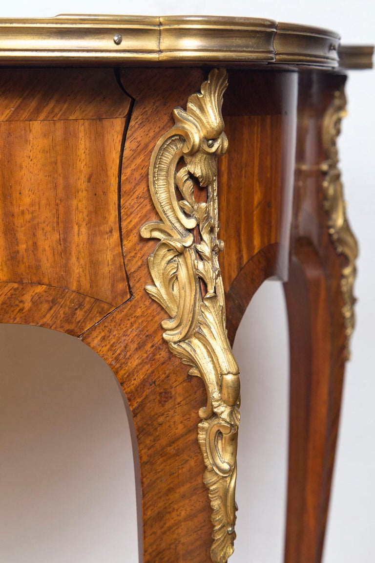 Louis XV Style Gilt Bronze-Mounted Bois-Satiné Writing Table For Sale 4