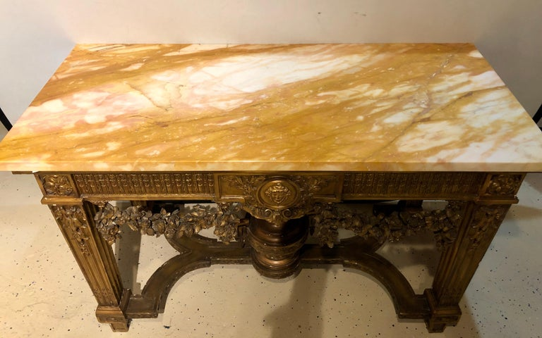 Louis XV Style Giltwood Marble-Top Console, Hall or Center Table In Good Condition For Sale In Stamford, CT