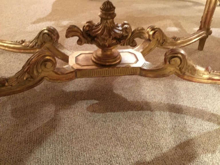 19th Century Louis XV Style Giltwood and Marble-Top Center Table with Foliate Garlands For Sale