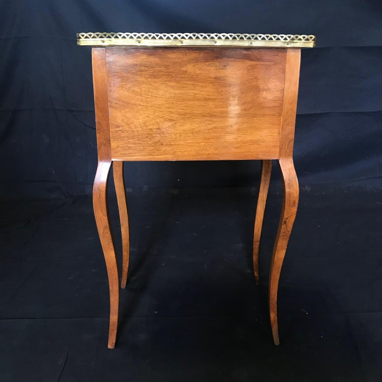 Louis XV Style Inlaid Nightstand or Side Table with Gold Fretwork For Sale 2