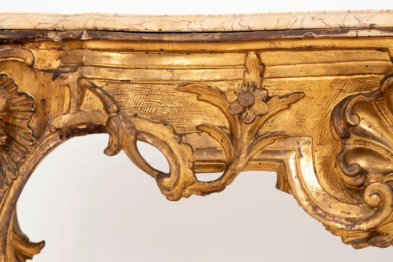 Louis XV Style Italian Console, Giltwood and Yellow Marble, 18th Century For Sale 8