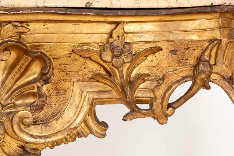 Louis XV Style Italian Console, Giltwood and Yellow Marble, 18th Century For Sale 9