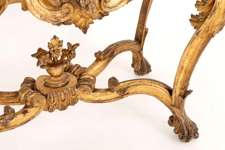 Louis XV Style Italian Console, Giltwood and Yellow Marble, 18th Century In Good Condition For Sale In Saint-Ouen, FR