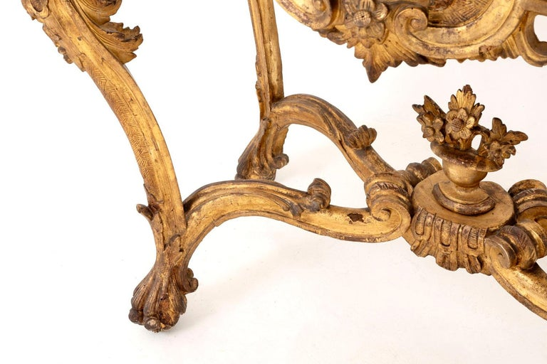 Louis XV Style Italian Console, Giltwood and Yellow Marble, 18th Century For Sale 4
