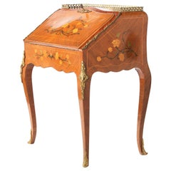 Louis XV Style Ladies Writing Desk / Marquetry Details