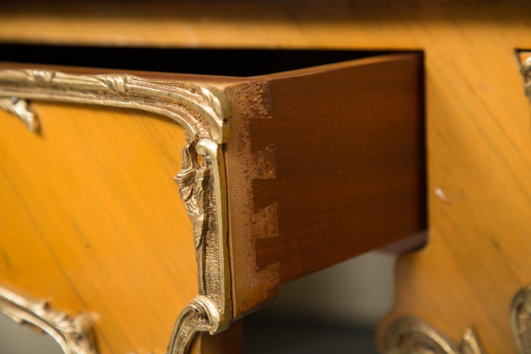 Louis XV Style Marquetry Kingwood Cylinder Desk For Sale 3