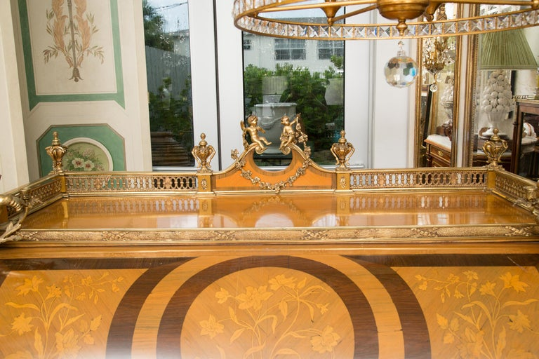 Louis XV Style Marquetry Kingwood Cylinder Desk For Sale 10