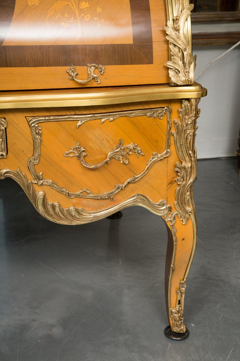 Louis XV Style Marquetry Kingwood Cylinder Desk For Sale 12
